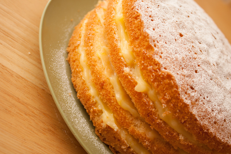Light Lemon Sponge Cake Recipes: Home-made Lemon Curd Cake Recipe